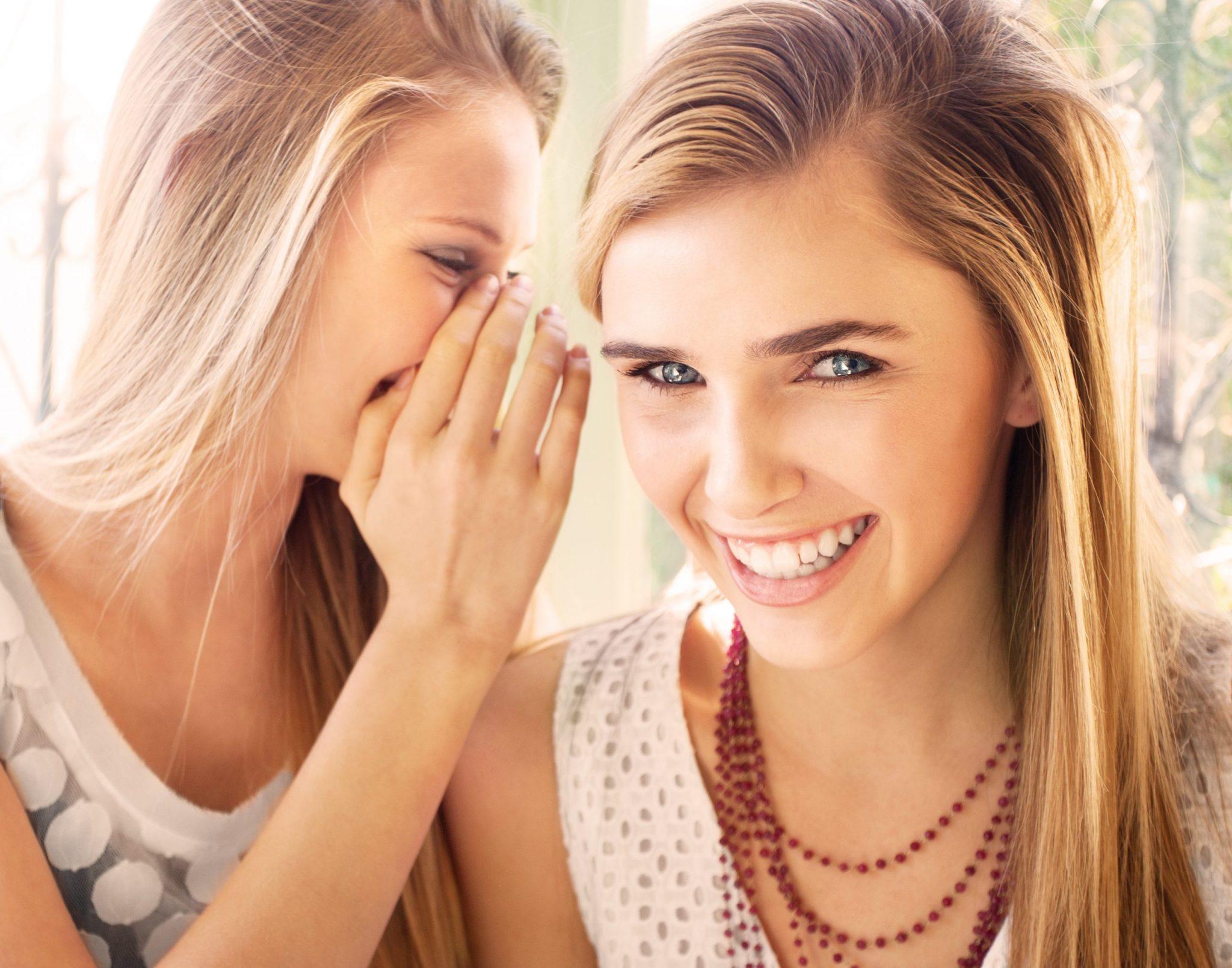 Factori declanșatori și cauze ale acneei
